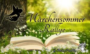 """Das Märchensommer Rallye Banner zeigt eine Scherenschnitt-Fee, die Glitzer auf den verschnörkelten Schriftzug """"Märchensommer Rallye"""" über einem aufgeschlagenen Buch streut. Alles vor einer grünen Wiese neben einem Baum und Sonnenstrahlen im Hintergrund"""